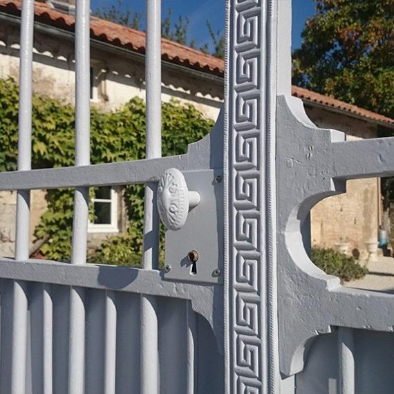 Détail portail restauré du 19e